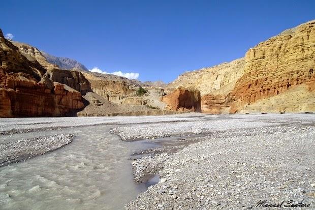 Raggiungendo Chele, fiume Kali Gandaki