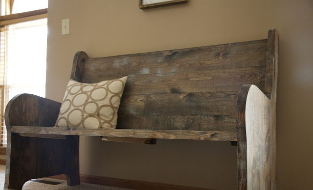 How to Distress Wood for a Rustic Farmhouse Look