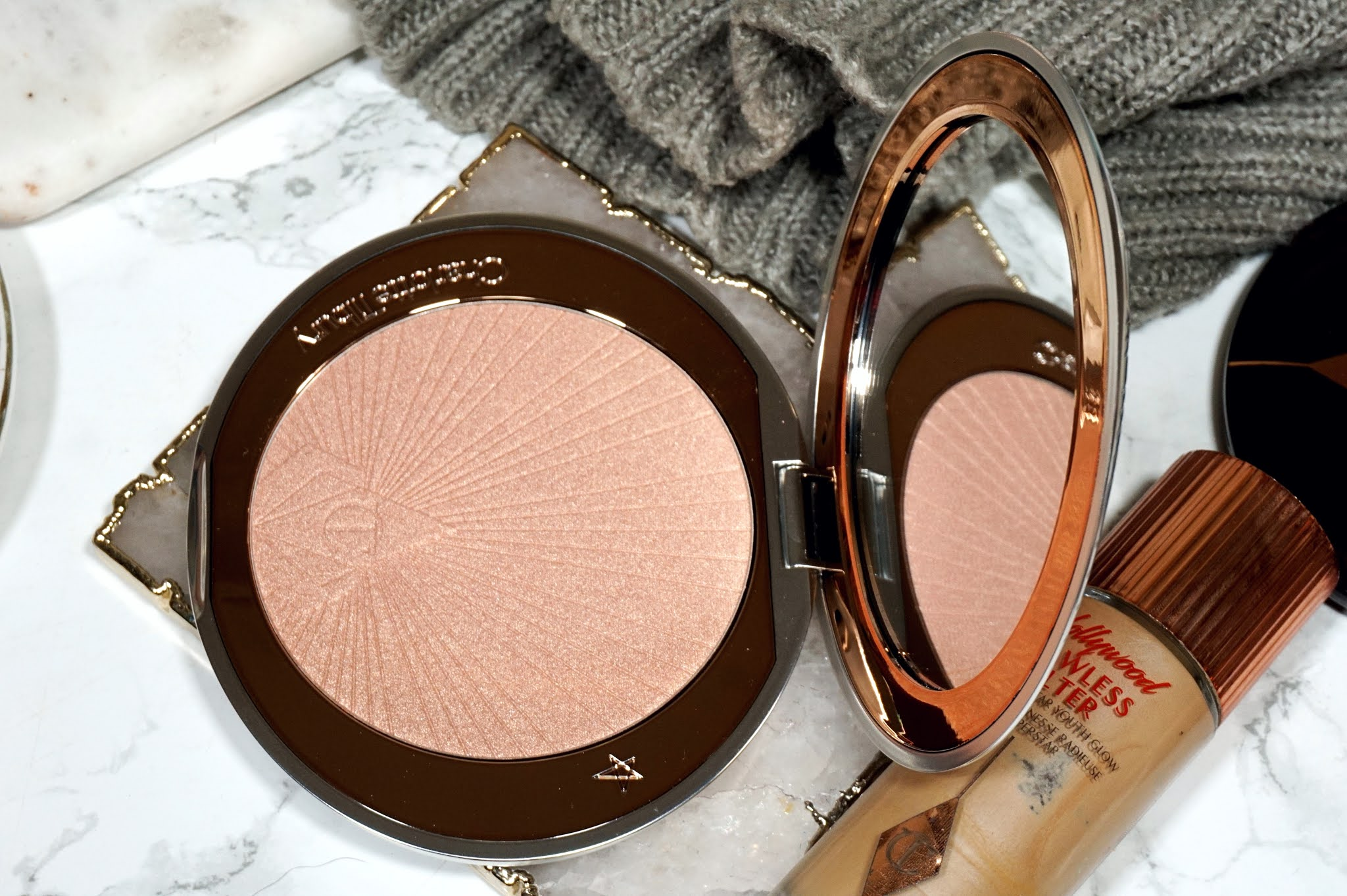 Charlotte Tilbury Superstar Glow Highlighter Review and Swatches
