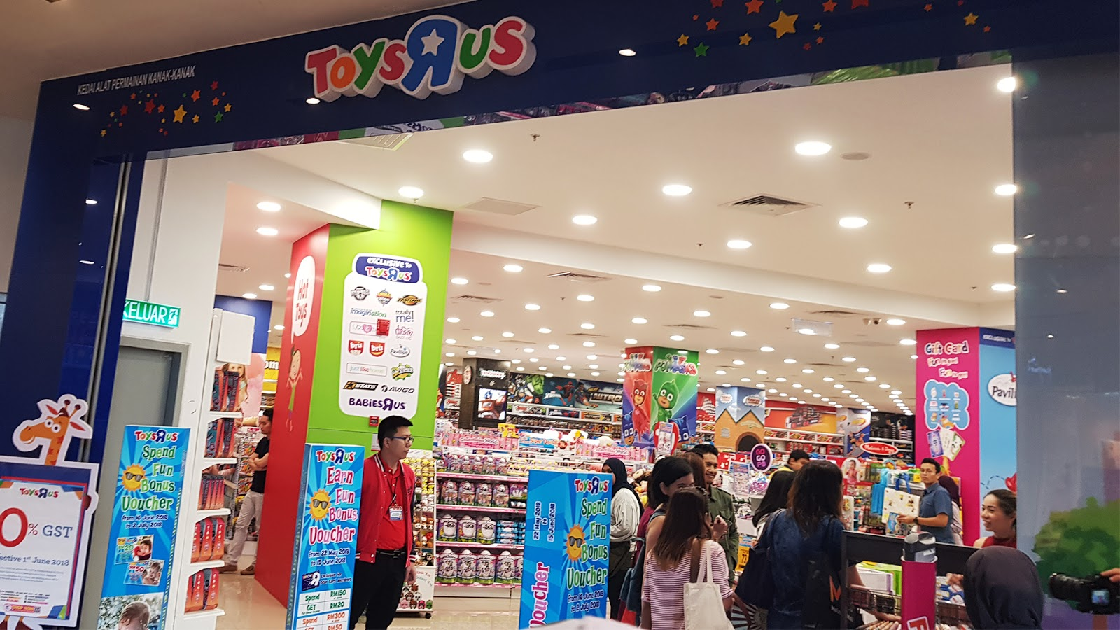 Chapter 7 First Visit To Melawati Mall Toys R Us Mph Joanne