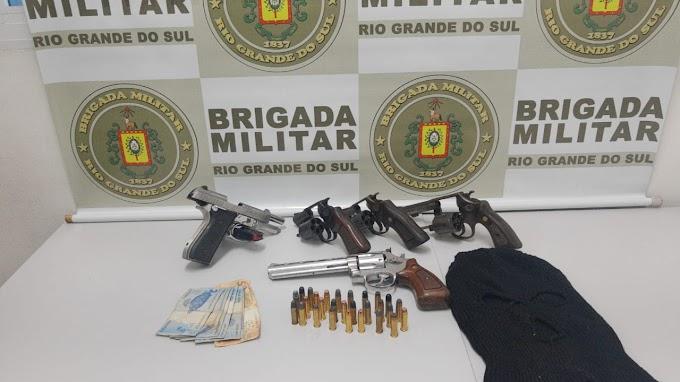 Homem é preso com 5 armas de fogo em Gravataí