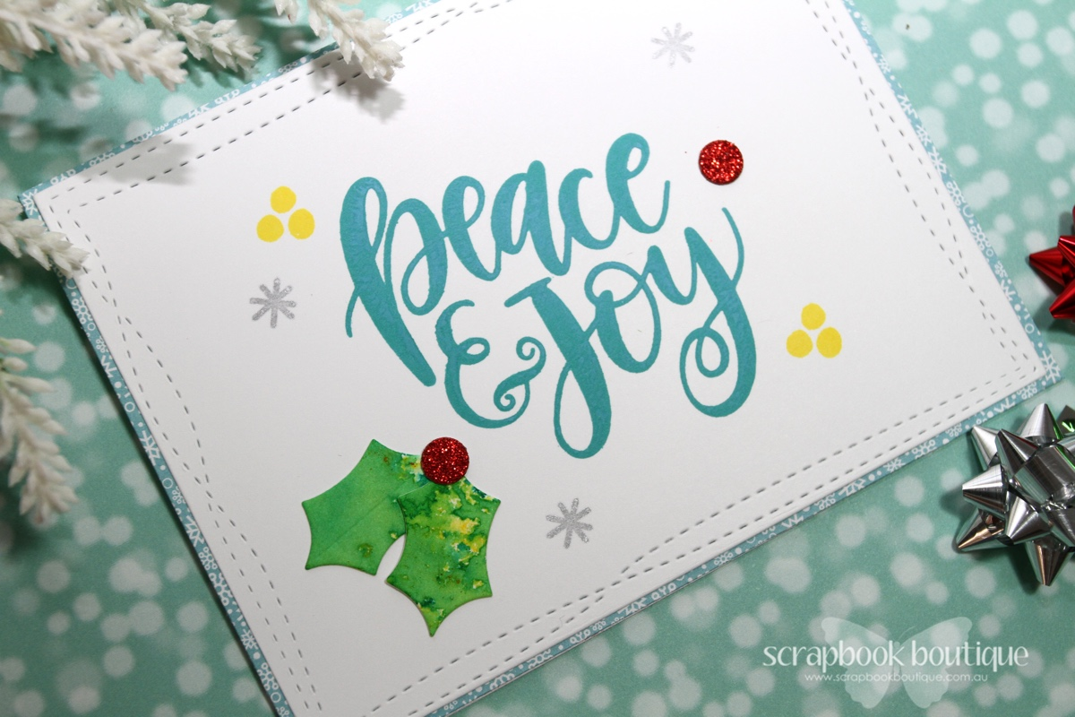 Scrapbook Boutique: Distress Oxide Christmas Cards and Video with Linda