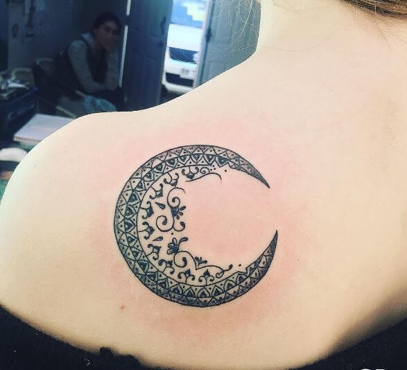Crescent Moon Tattoos: 115+ Unique Moon Tattoo Designs With Meaning (2018