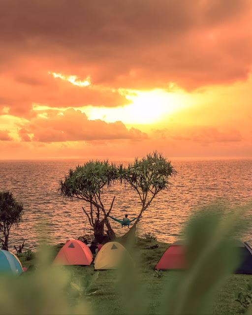 Sunset Di Pantai Kesirat Gunung Kidul