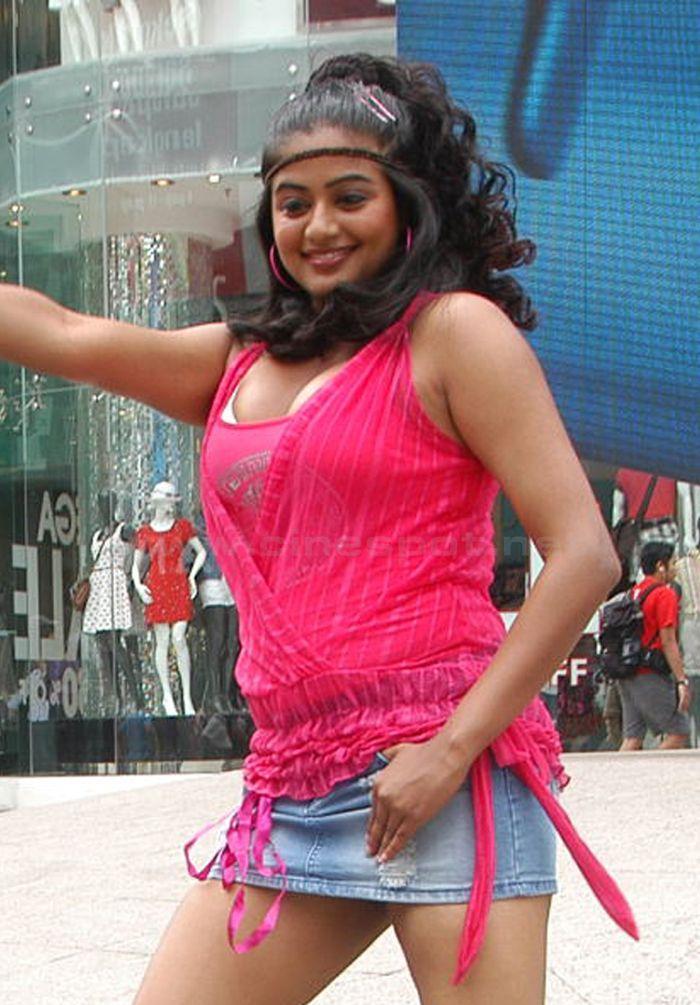 Priyamani Armpits Boobs Navel Thighs And Pundai