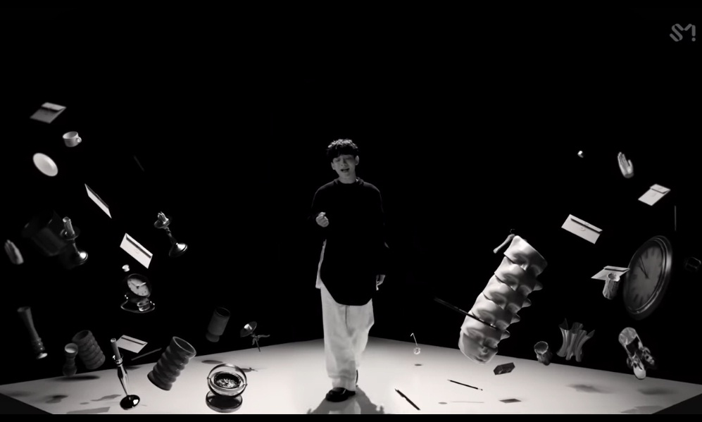 chen exo hello lirik terjemahan