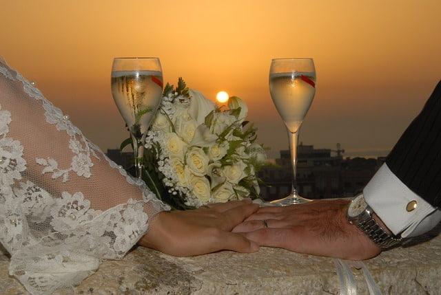 أسرار العلاقة الزوجية للعرسان
