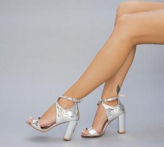 Sandale elegante cu toc gros inalt Argintii