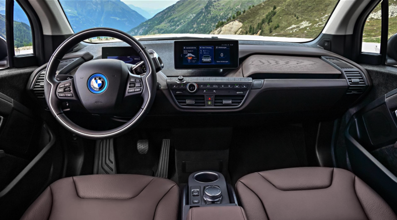 The all-new 2018 BMW i3s Interior, Exterior and Driving