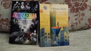 Foto de los libros en físico de Iridiscencia y el I Ripley