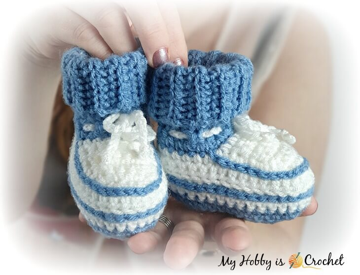 Little Stefan Baby Booties - Free Crochet Pattern