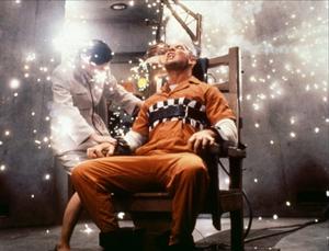 Horace Pinker en silla eléctrica