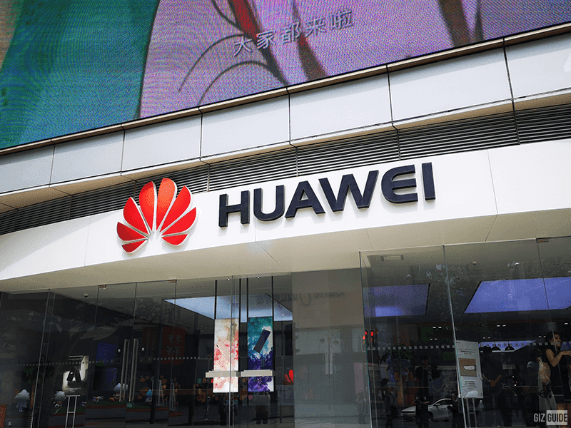 US reportedly allowed chip, camera, and display makers to sell components to Huawei
