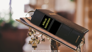 Livro Bíblia Sagrada