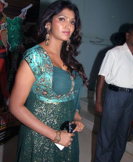Tamanna In Saree In Rebel: Bhuvaneswari Latest Unseen Hot Stills