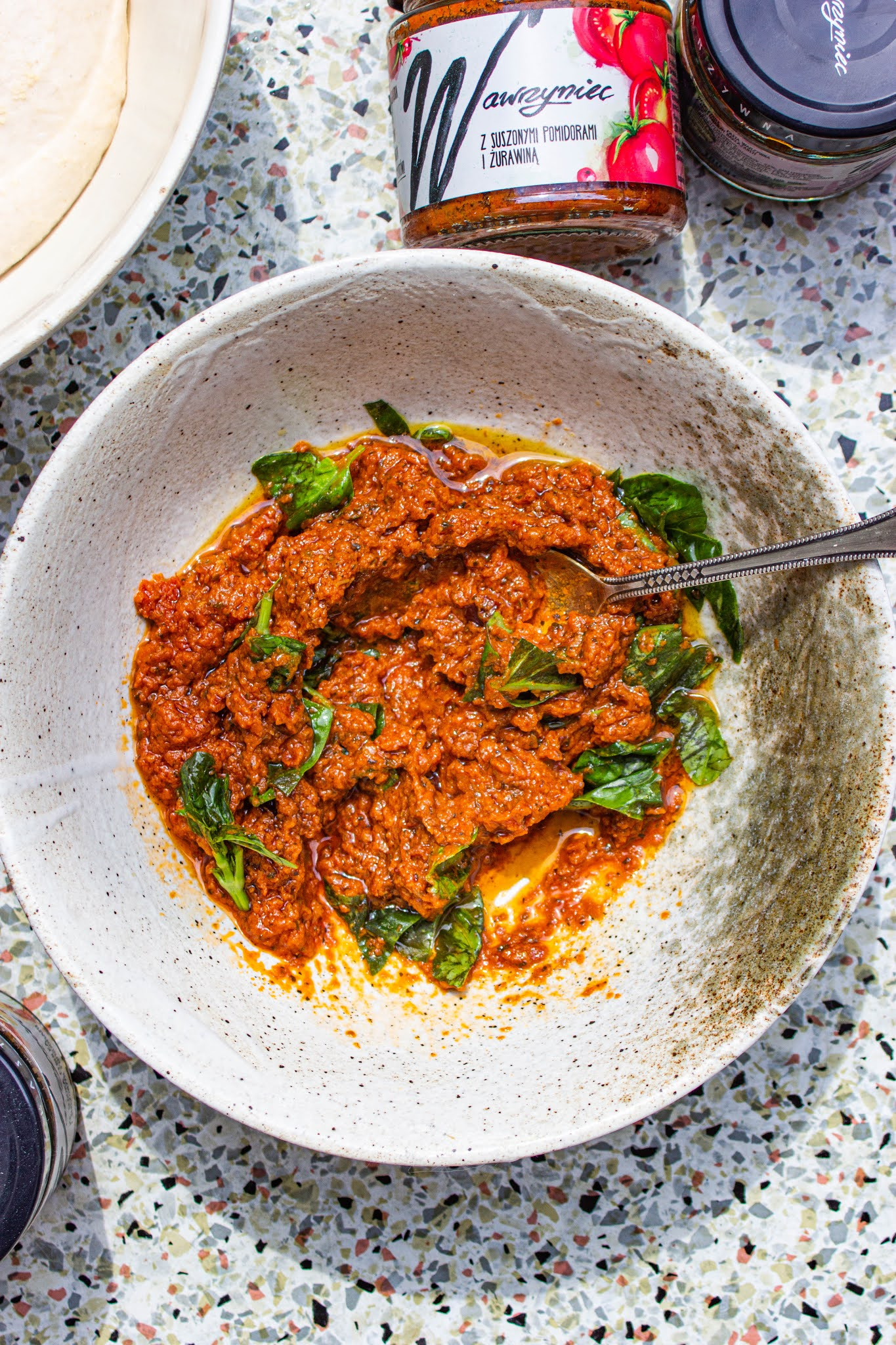 pasta warzywna z suszonymi pomidorami