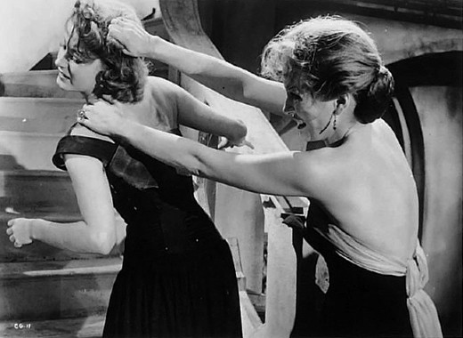 Still - Barbara Shelley and Paddy Webster in Cat Girl, 1957