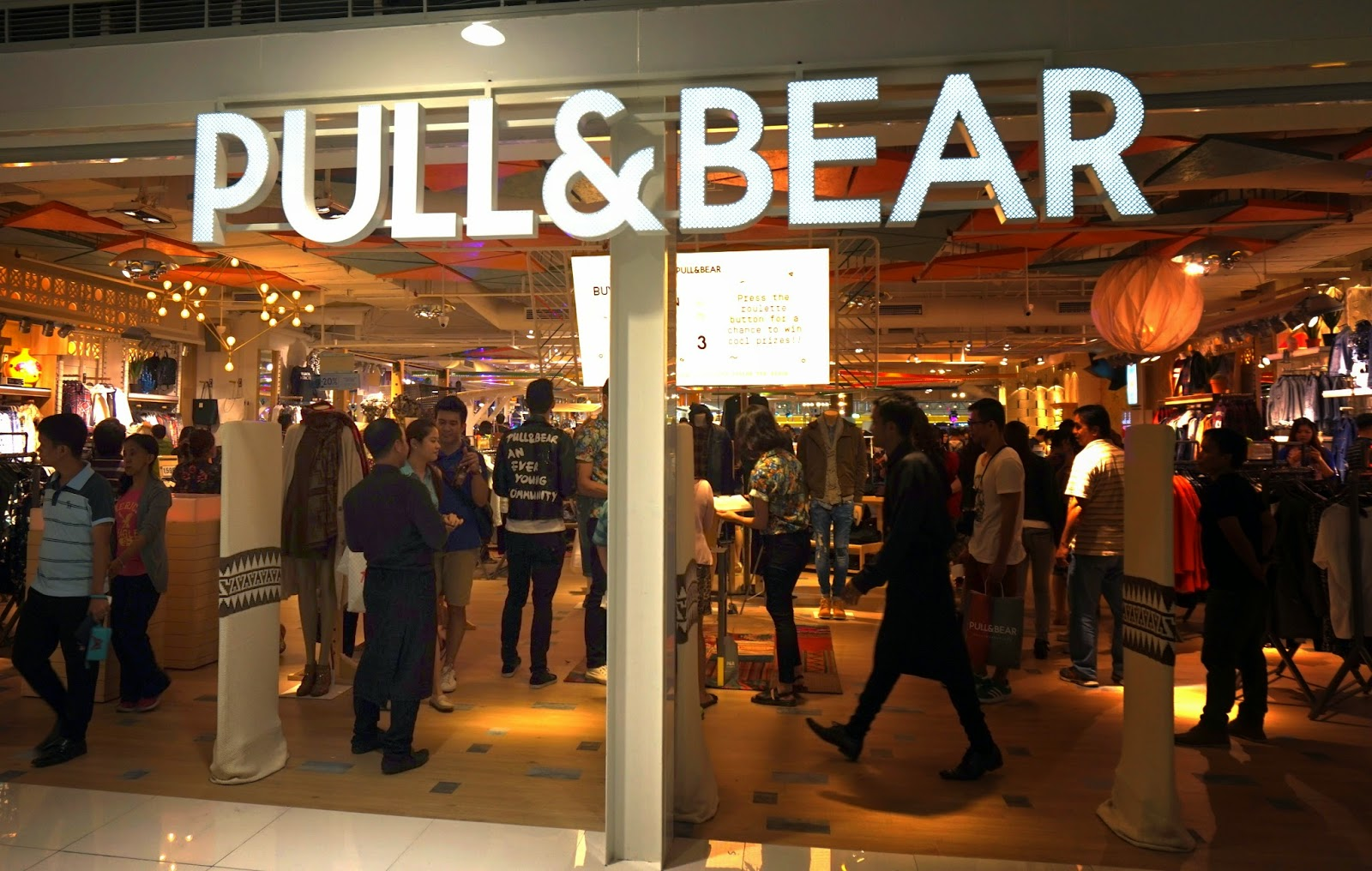 1600 Sf To Sm Pull And Bear Opens In Manila Store Tour My Favorite