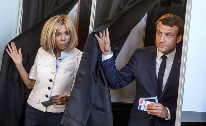 Γαλλικές εκλογές: Ευρεία νίκη Μακρόν, τεράστια η αποχή