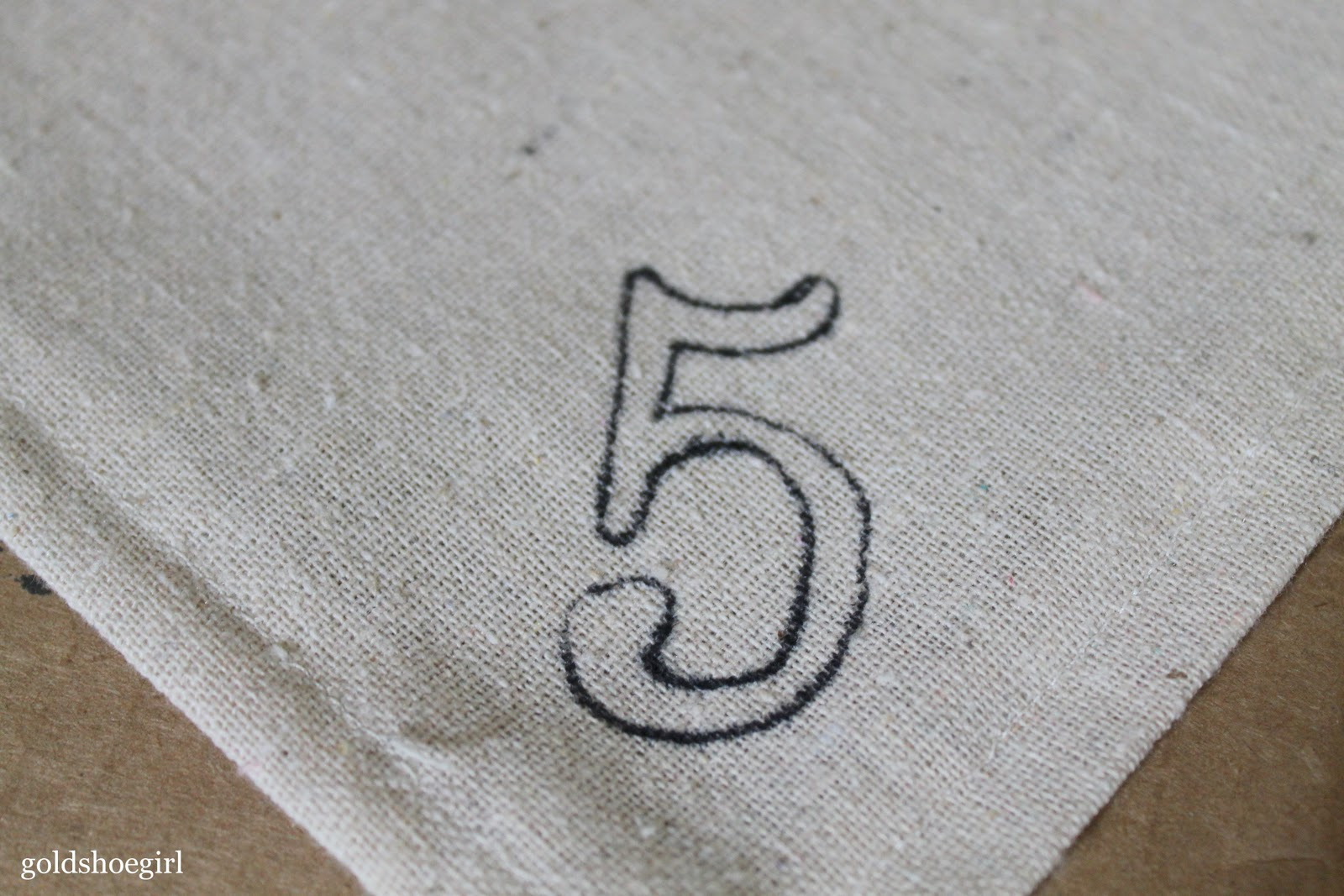 Gold Shoe Girl: Nifty Numbered Napkins