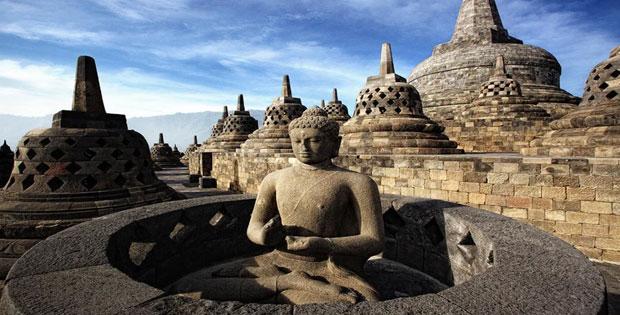 Peninggalan Sejarah Kerajaan Bercorak Buddha di Indonesia