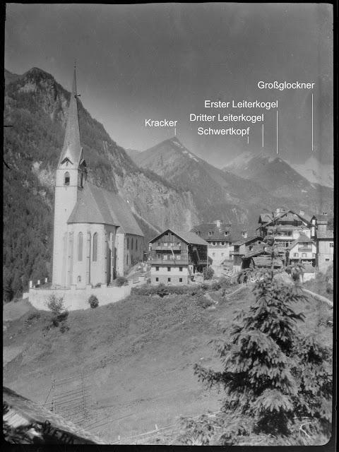 Pfarrkirche Heiligenblut mit dem Großglockner im Hintergrund - ca. 1930-1940 - inkl. Benennung der Berge