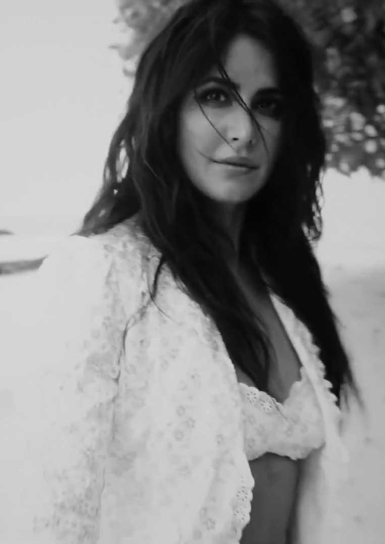 Sexy Katrina Kaif in Lingerie
