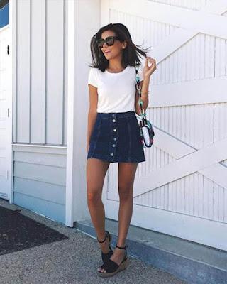 outfit de verano con minifalda de mezclilla tumblr