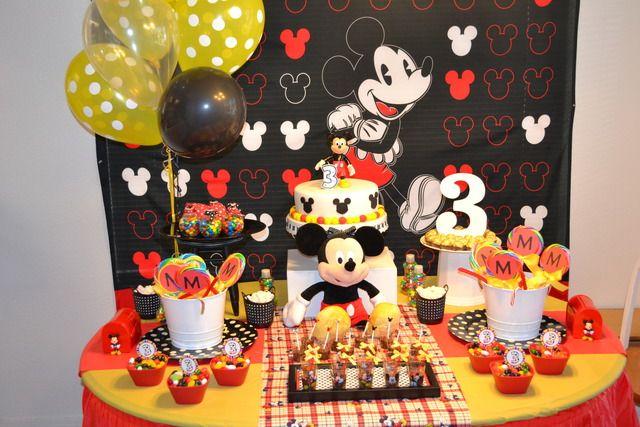 Ideas decoracion mickey mouse una mami creativa - Decoracion para fiestas infantiles mickey mouse ...