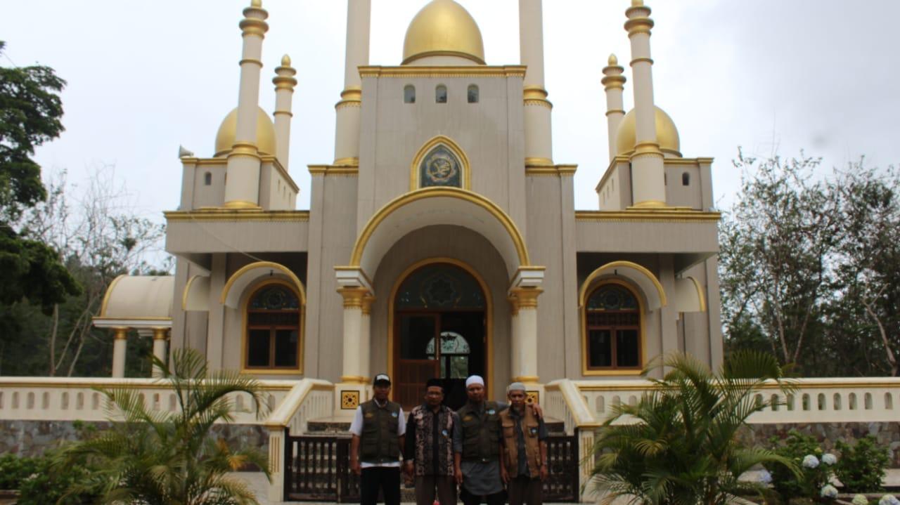 Wahdah Islamiyah Siapkan Dai untuk Pembinaan Masjid Megah yang Viral di Gowa
