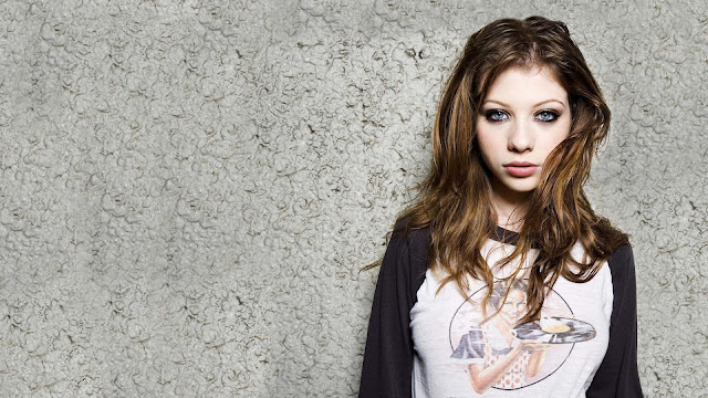 Michelle Trachtenberg HD Wallpapers Free Download