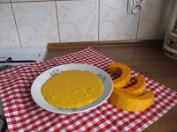 talerz z zupą