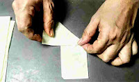 Making onion samosa cone with patti sheet