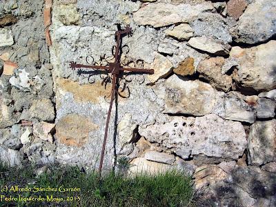 pedro-izquierdo-moya-cementerio-cruz