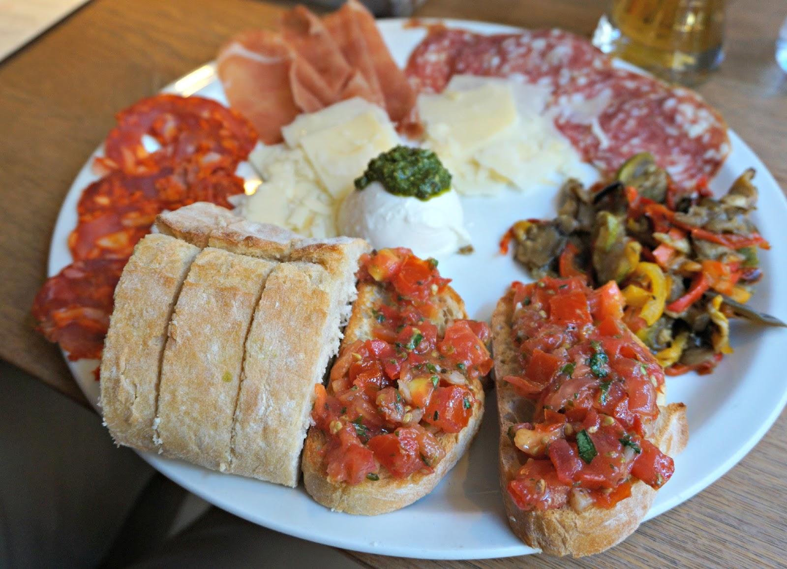 Salami platter at vapiano