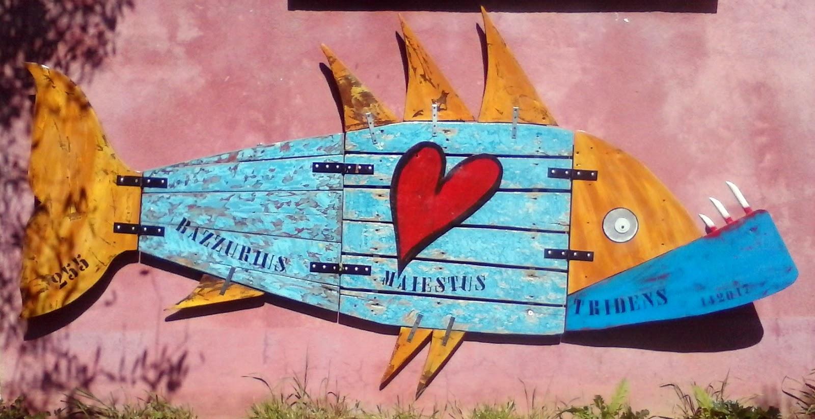 Immagini di pesci colorati for Disegni da colorare pesci tropicali