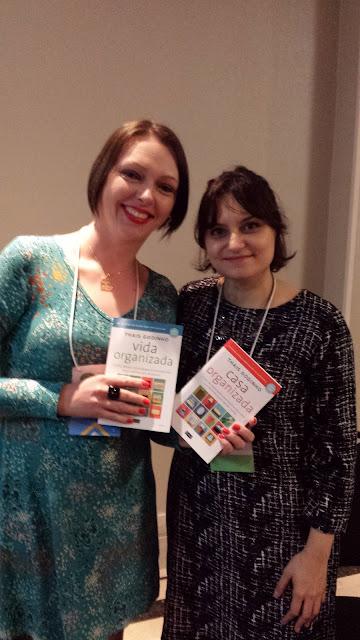 Com minha autora preferida Thais Godinho