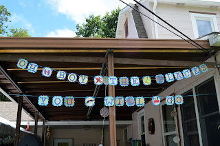 Ten Things I Wish We Knew Before Making our Baby Registry baby shower decorations