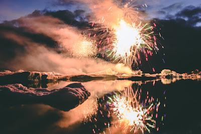Iceland's summer Jökulsárlón glacier lake fireworks display
