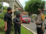 Jambret Rampas HP Dalam Genggaman di Depan Pasar Cinde Palembang
