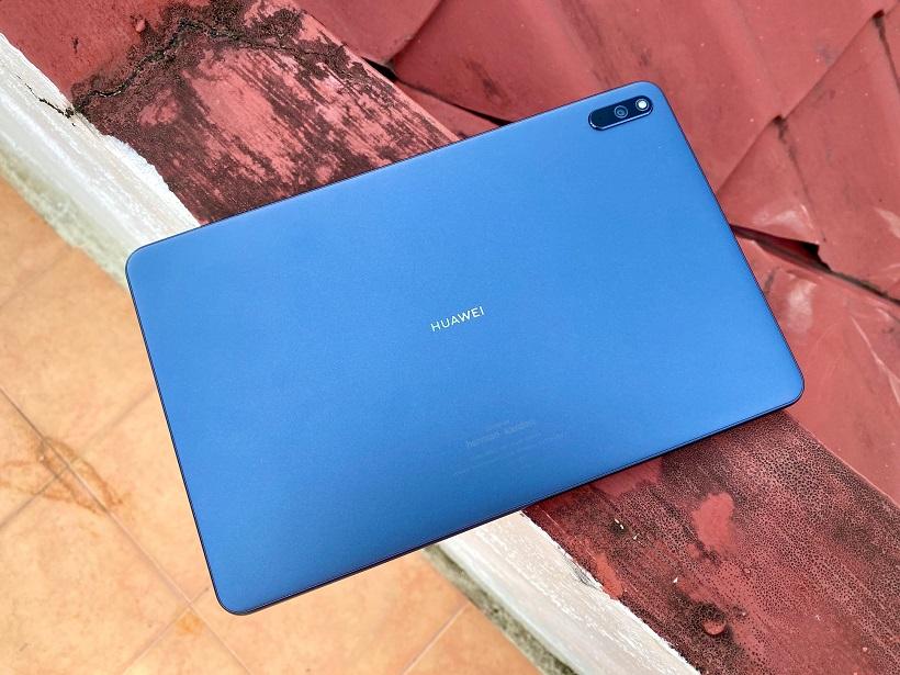 Huawei MatePad Review Design
