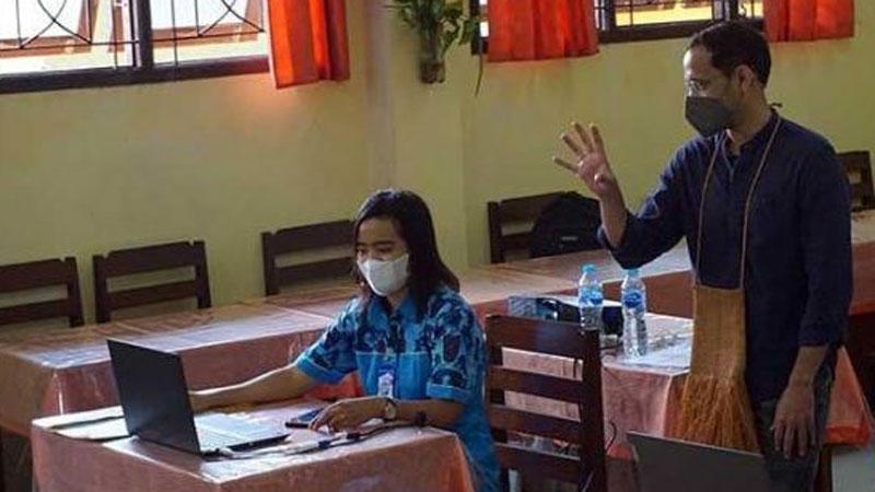 Mendikbud: Pandemi Buktikan Teknologi Tak Bisa Gantikan Guru