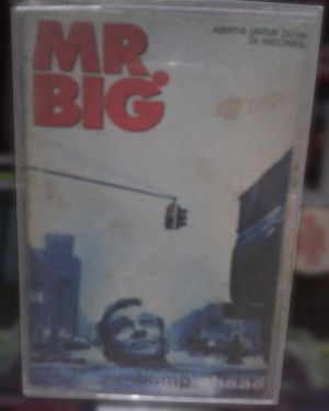 Kaset Mr. Big - Bump Ahead