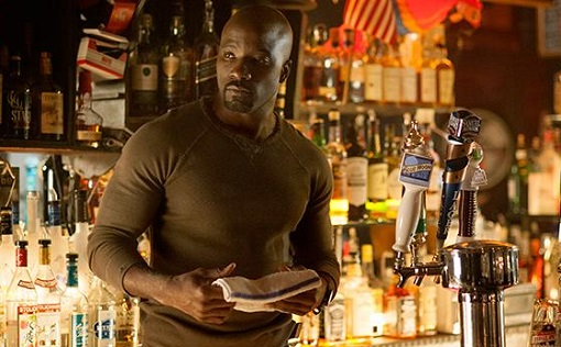 Mike Colter en Jessica Jones