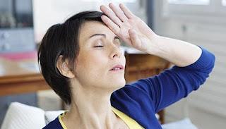 Εξάψεις στην εμμηνόπαυση: Τι μπορείτε να κάνετε