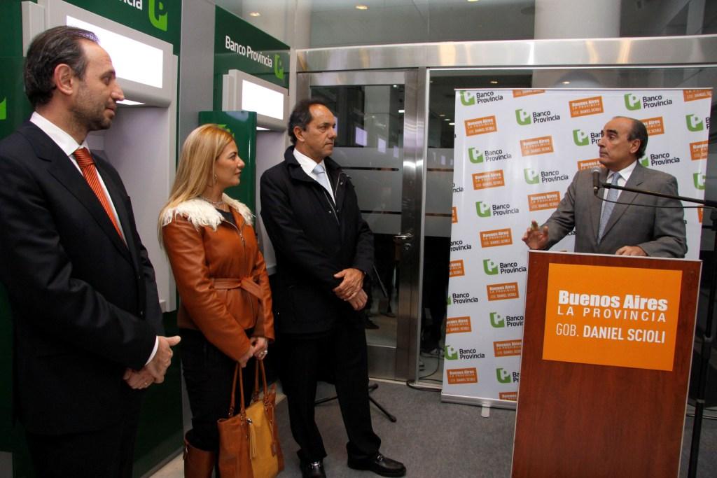 El informatorio banco provincia terminar el a o con 1 for Banco con mas cajeros