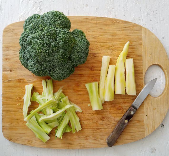 Cómo usar y aprovechar los tallos del brócoli