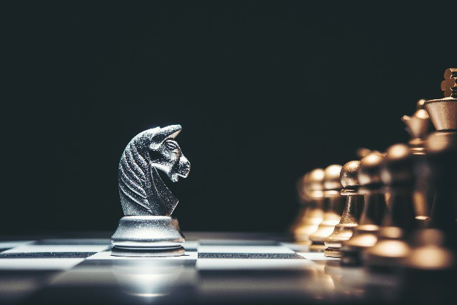Strategy Options to Beat the Market Leader