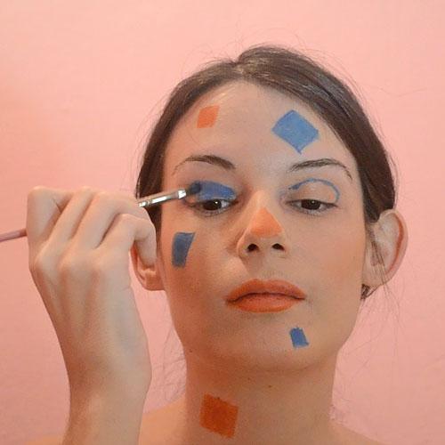 maquillaje de ojos para disfraz de espantapájaros