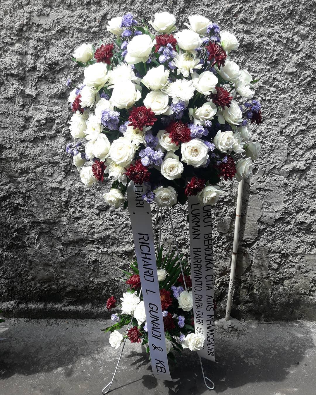 Karangan Bunga Standing Flowers 023
